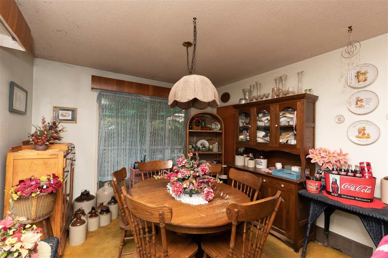 Photo 7: Photos: 32276 PEARDONVILLE Road in Abbotsford: Abbotsford West House for sale : MLS®# R2357067