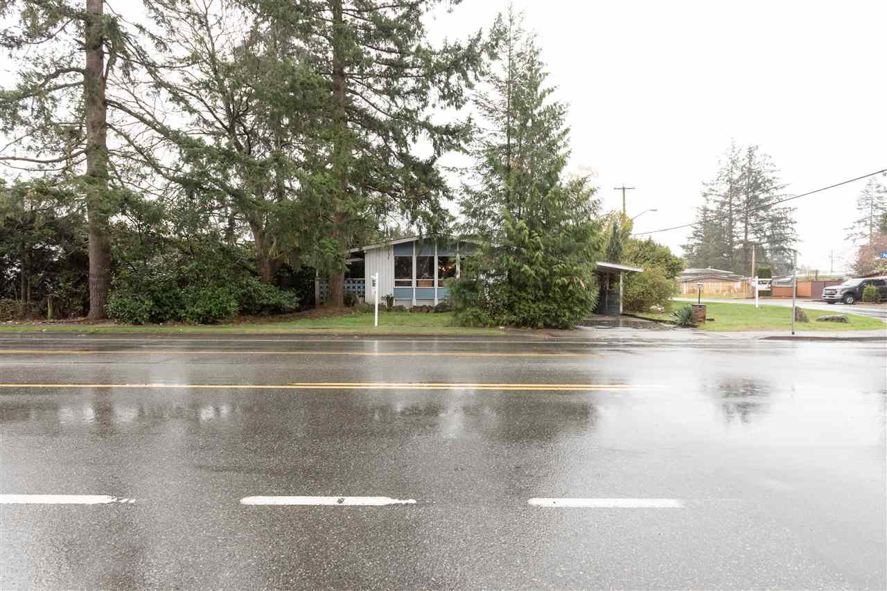 Photo 2: Photos: 32276 PEARDONVILLE Road in Abbotsford: Abbotsford West House for sale : MLS®# R2357067