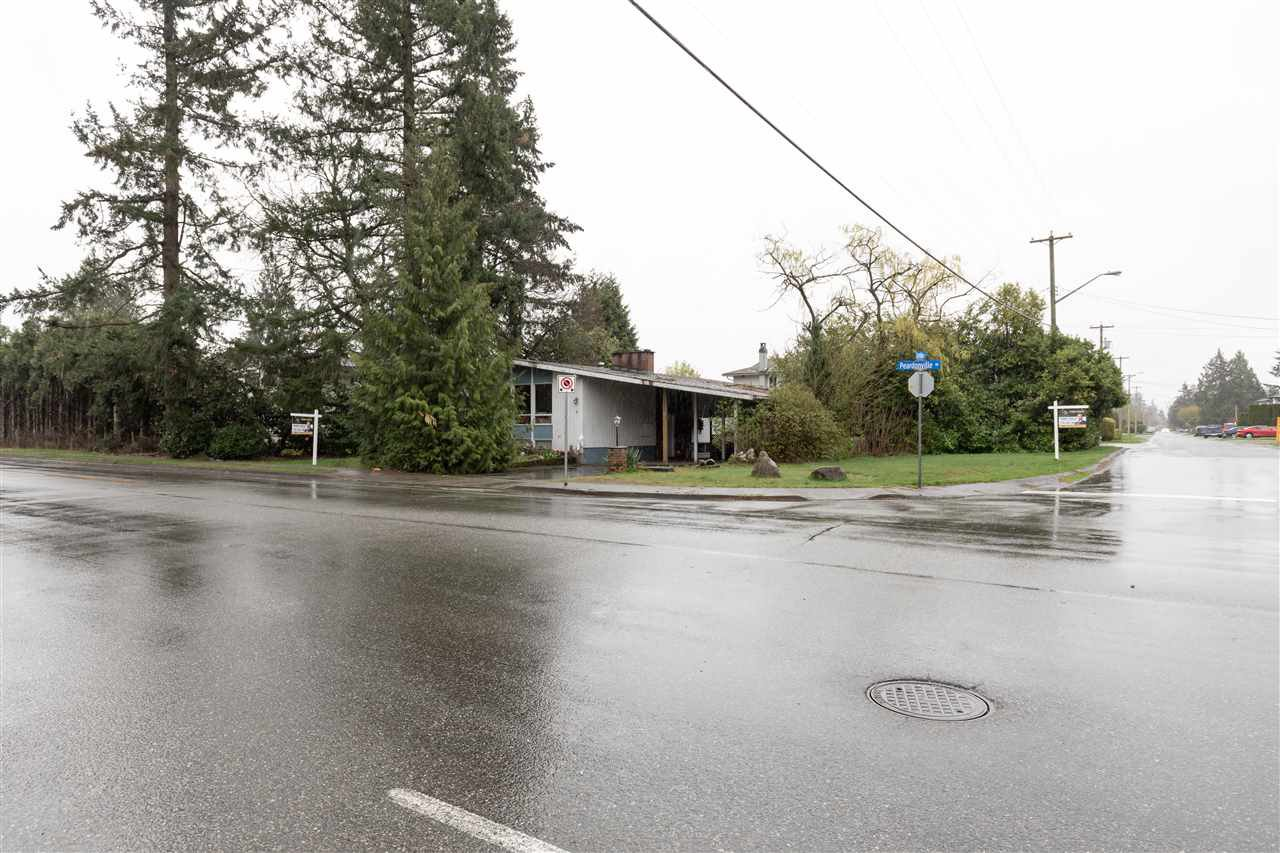 Photo 10: Photos: 32276 PEARDONVILLE Road in Abbotsford: Abbotsford West House for sale : MLS®# R2357067
