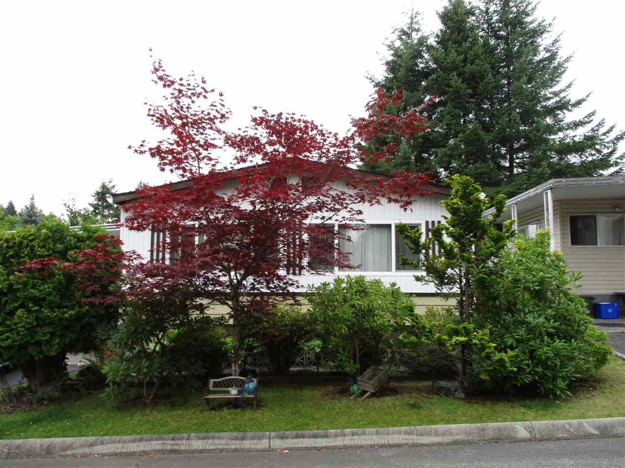 "Main Photo: 52 7850 KING GEORGE Boulevard in Surrey: East Newton Manufactured Home for sale in ""Bear Creek Glen"" : MLS®# R2395015"