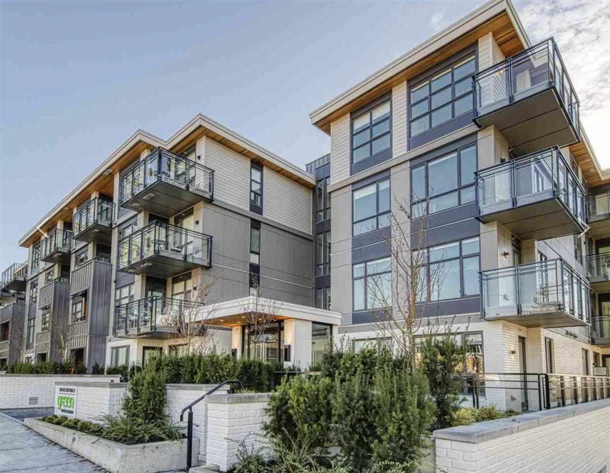 Main Photo: 301 707 E 3 Street in North Vancouver: Queensbury Condo for sale : MLS®# R2414187