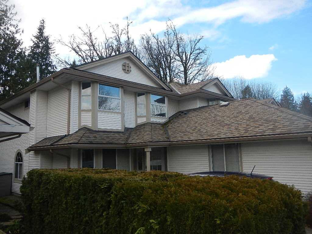 """Main Photo: 75 9045 WALNUT GROVE Drive in Langley: Walnut Grove Townhouse for sale in """"Bridlewoods"""" : MLS®# R2438433"""