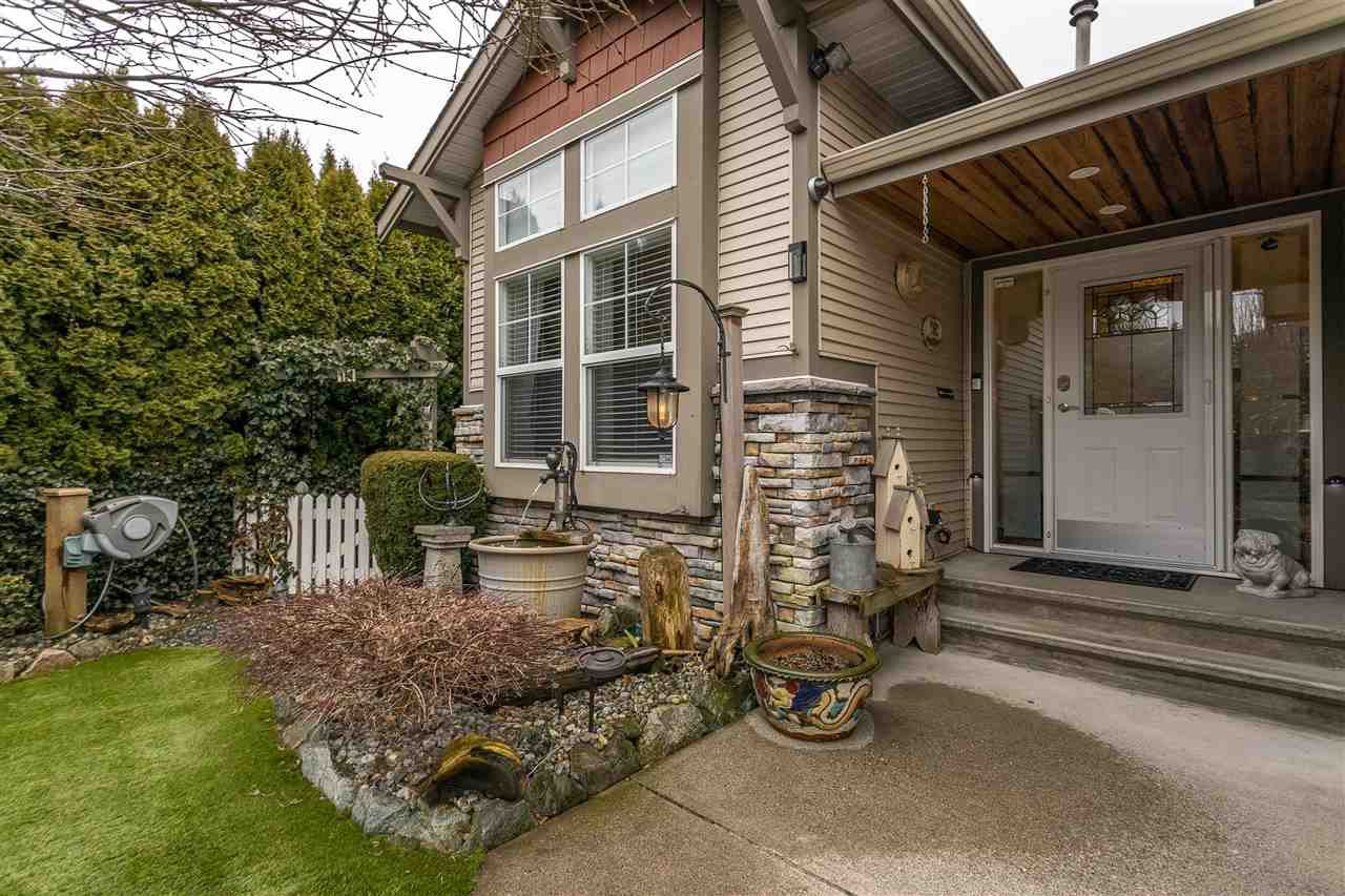 "Main Photo: 11 3635 BLUE JAY Street in Abbotsford: Abbotsford West Townhouse for sale in ""COUNTRY RIDGE"" : MLS®# R2439761"