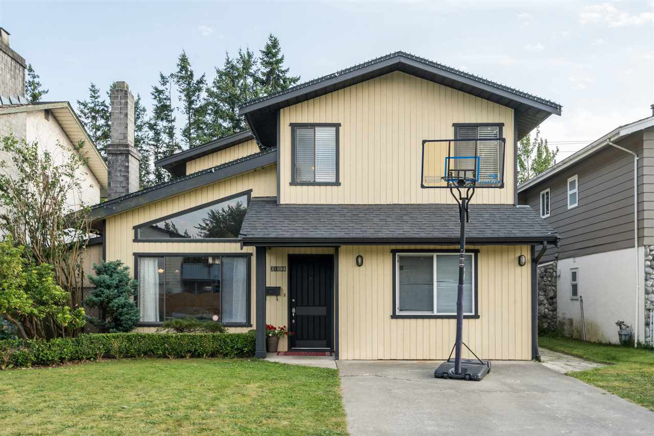 Main Photo: 31888 SATURNA Crescent in Abbotsford: Abbotsford West House for sale : MLS®# R2482241
