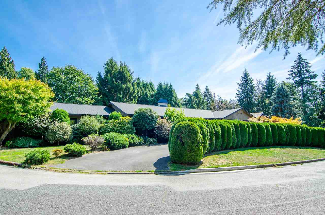 Main Photo: 11 SEMANA Crescent in Vancouver: University VW House for sale (Vancouver West)  : MLS®# R2495782