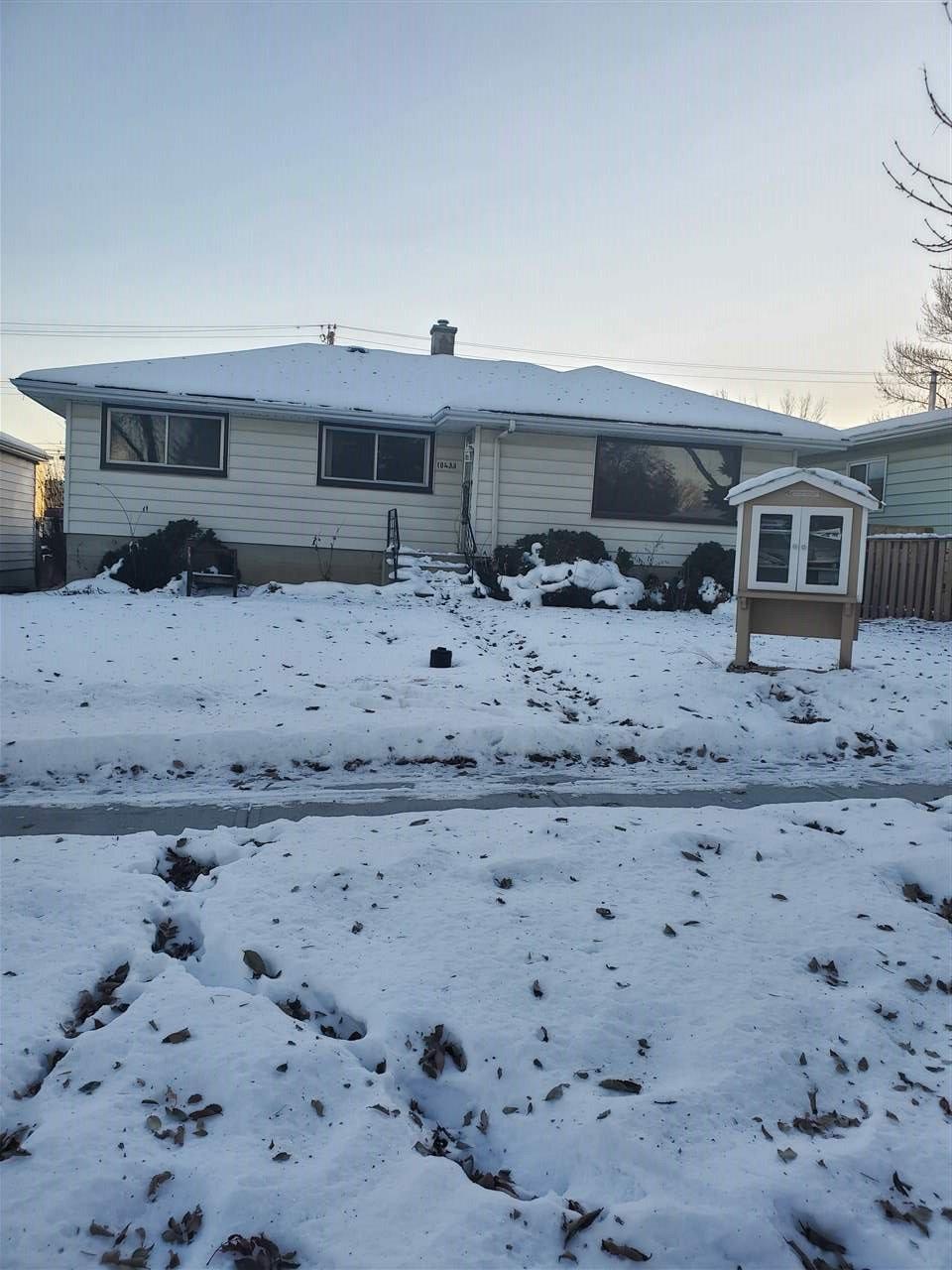 Main Photo: 10433/35 64 Avenue NW in Edmonton: Zone 15 House for sale : MLS®# E4222459