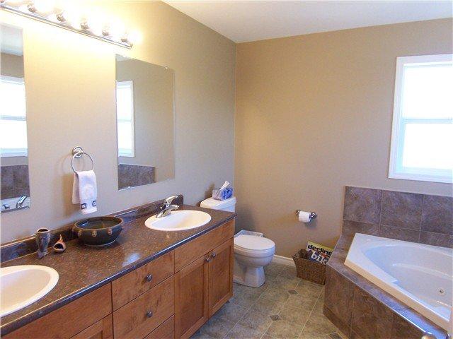 "Photo 10: Photos: 108 1299 N OSPIKA Boulevard in Prince George: Lakewood House for sale in ""OSPIKA LANDING"" (PG City West (Zone 71))  : MLS®# N231441"