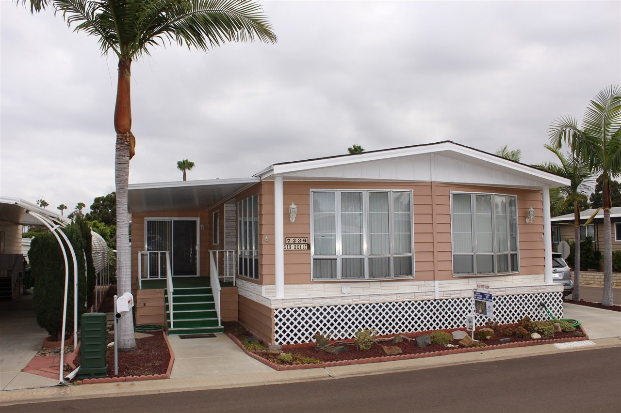 Main Photo: CARLSBAD WEST Manufactured Home for sale : 2 bedrooms : 7236 San Benito #355 in Carlsbad