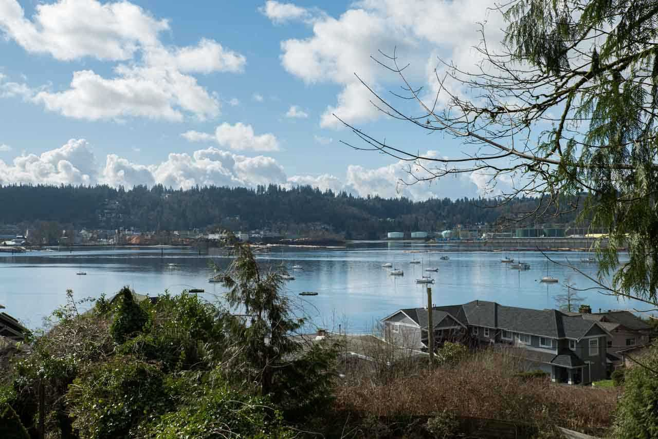 Main Photo: 670 IOCO Road in Port Moody: North Shore Pt Moody House for sale : MLS®# R2037090