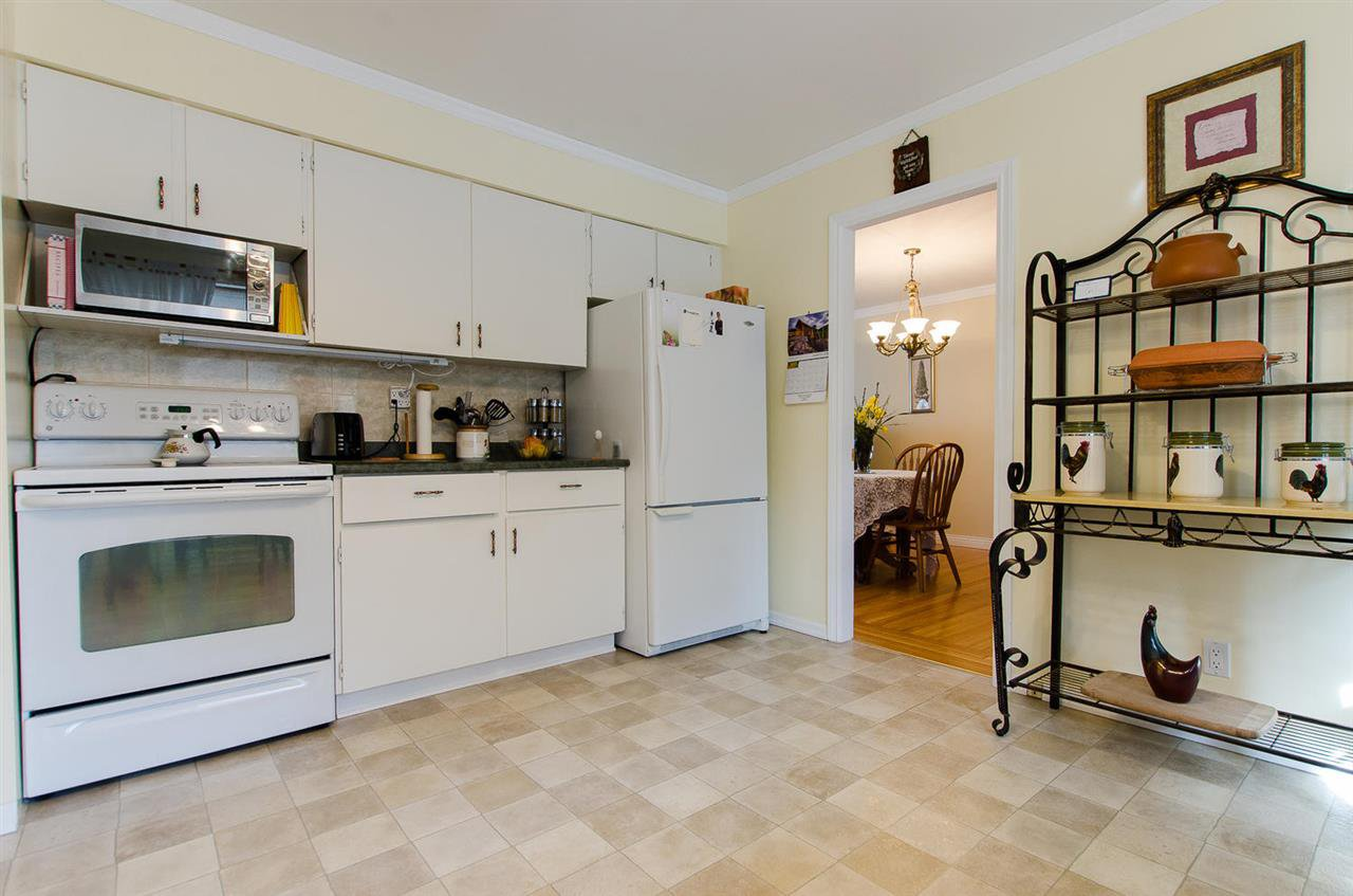 Photo 11: Photos: 5546 45 Avenue in Delta: Delta Manor House for sale (Ladner)  : MLS®# R2046612