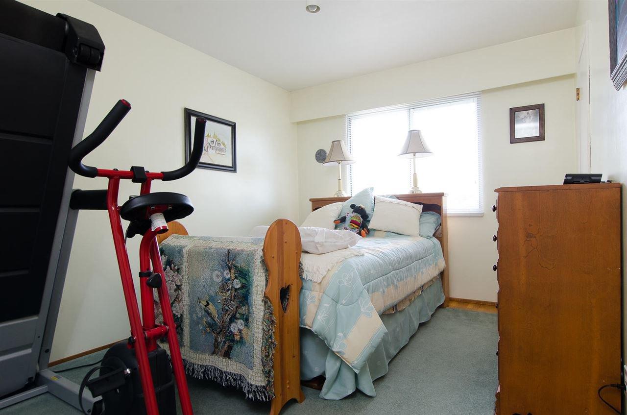 Photo 13: Photos: 5546 45 Avenue in Delta: Delta Manor House for sale (Ladner)  : MLS®# R2046612