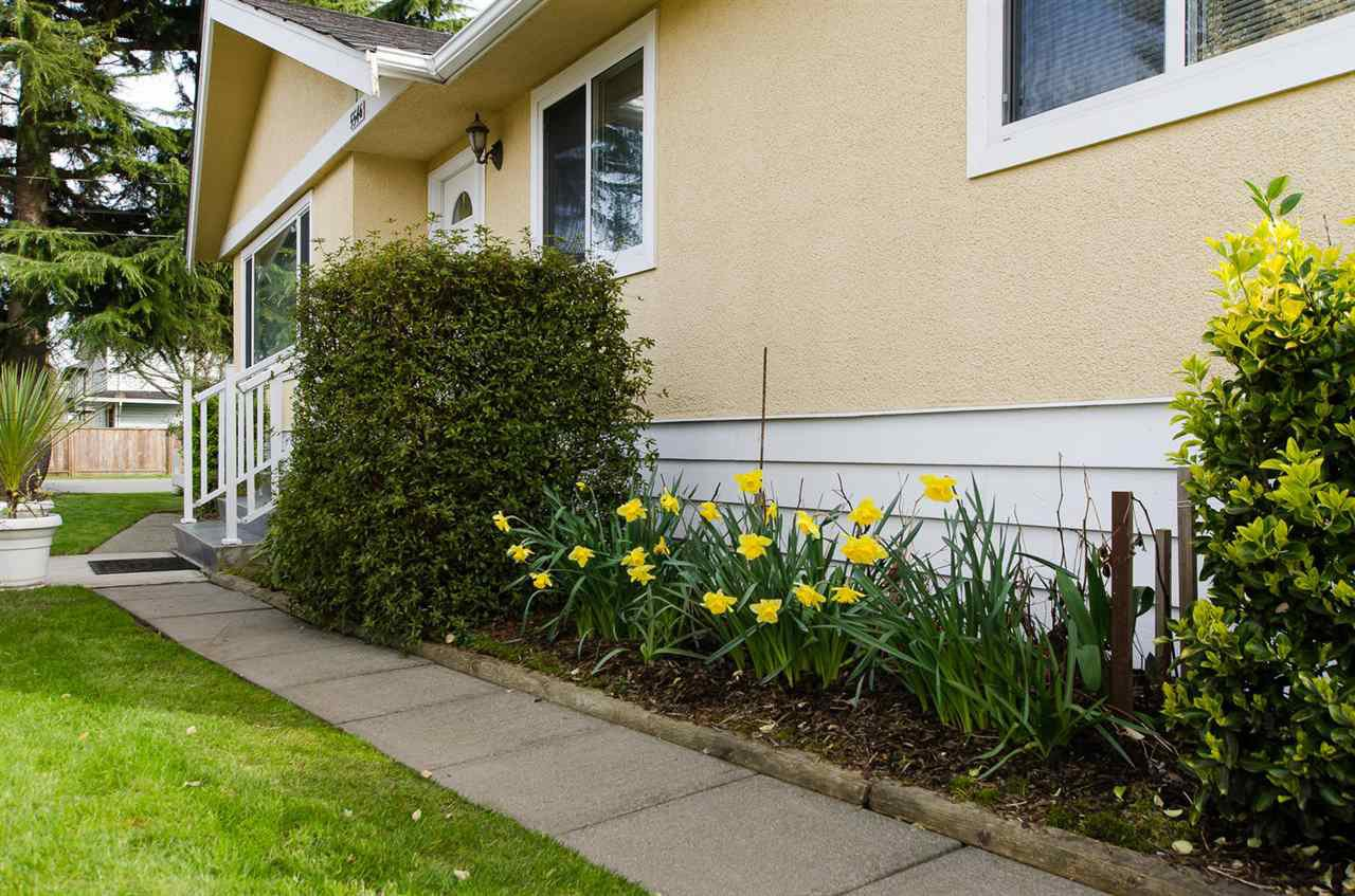 Photo 15: Photos: 5546 45 Avenue in Delta: Delta Manor House for sale (Ladner)  : MLS®# R2046612
