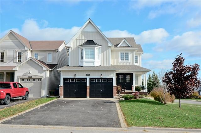 Main Photo: 1101 Ashgrove Crescent in Oshawa: Pinecrest House (2-Storey) for sale : MLS®# E3649241