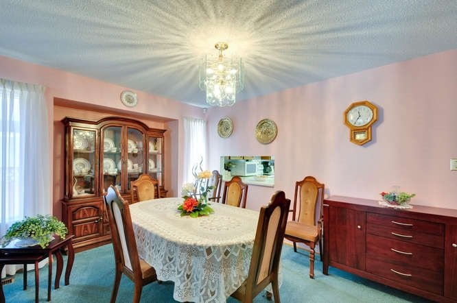 Photo 6: Photos: 15506 19 Avenue in Surrey: King George Corridor House for sale (South Surrey White Rock)  : MLS®# R2200836