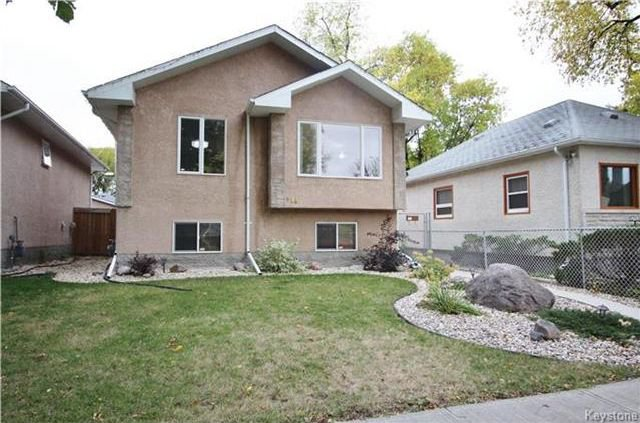 Main Photo: 448 Roberta Avenue in Winnipeg: East Kildonan Residential for sale (3D)  : MLS®# 1726059