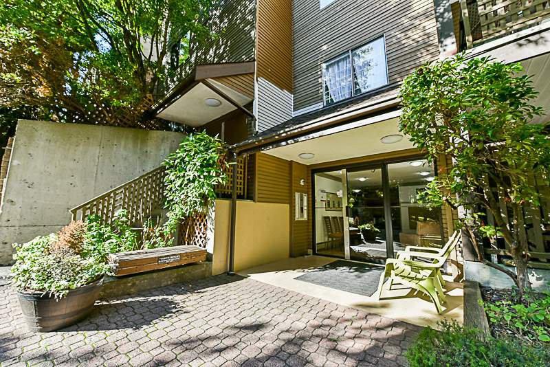 Main Photo: G08 10698 151A Street in Surrey: Guildford Condo for sale (North Surrey)  : MLS®# R2212175