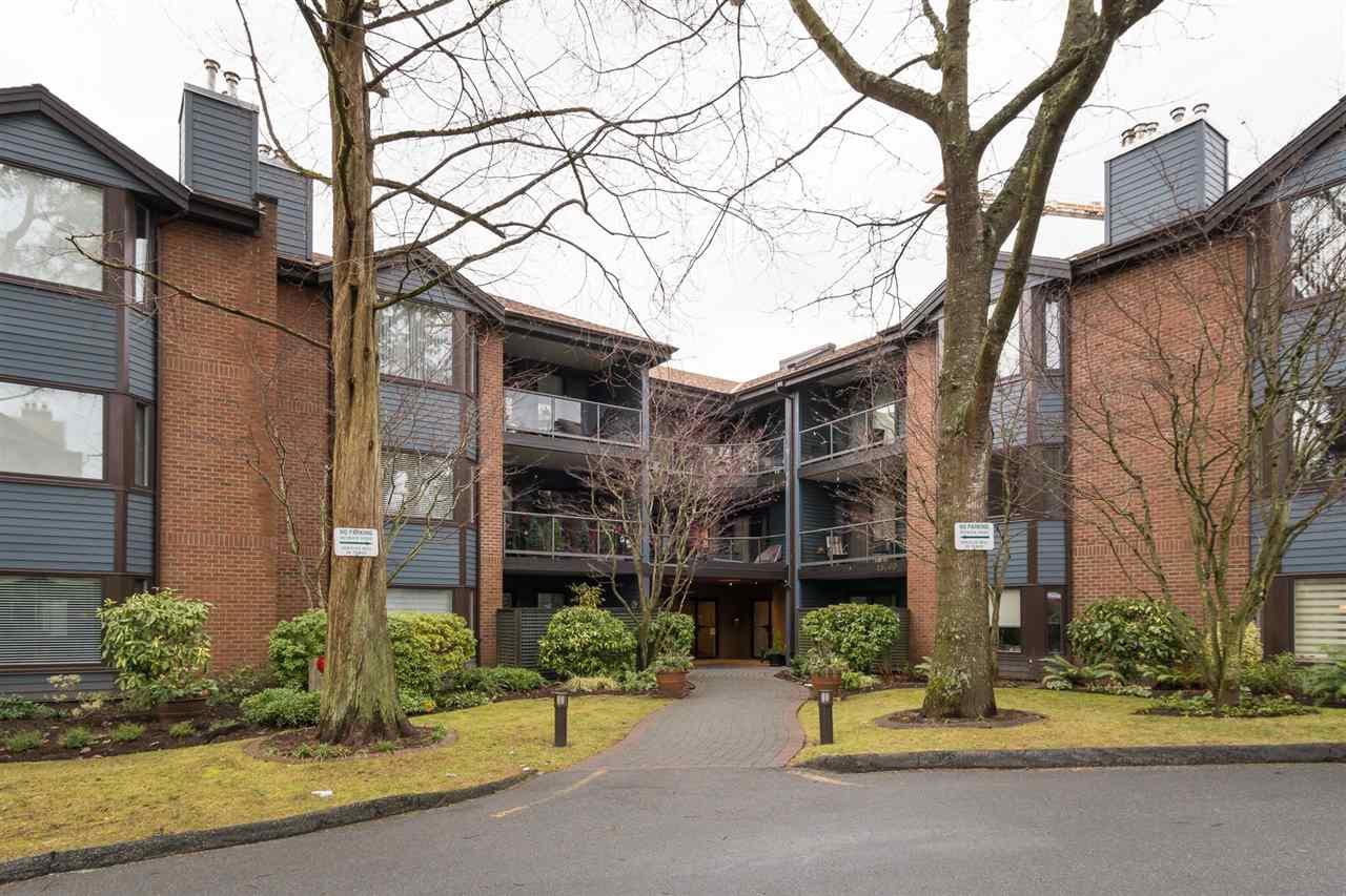"Main Photo: 204 15300 17 Avenue in Surrey: King George Corridor Condo for sale in ""Cambridge II"" (South Surrey White Rock)  : MLS®# R2230221"