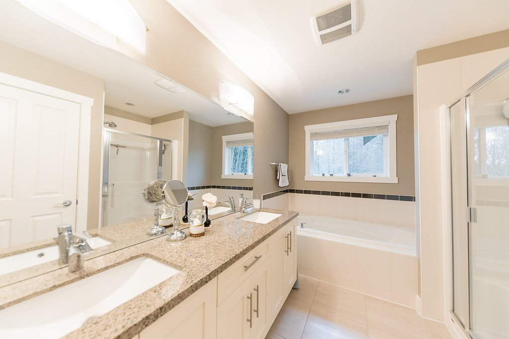 """Photo 21: Photos: 22956 134 Loop in Maple Ridge: Silver Valley House for sale in """"HAMPSTEAD"""" : MLS®# R2243518"""