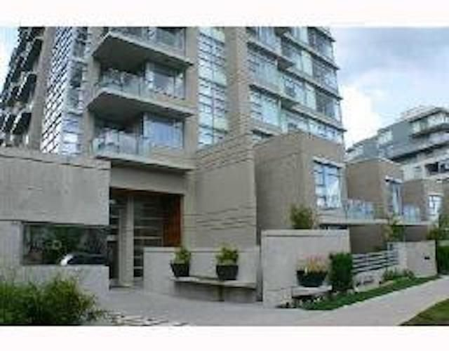 Main Photo: 903 9266 UNIVERSITY Crescent in Burnaby: Simon Fraser Univer. Condo for sale (Burnaby North)  : MLS®# R2266207