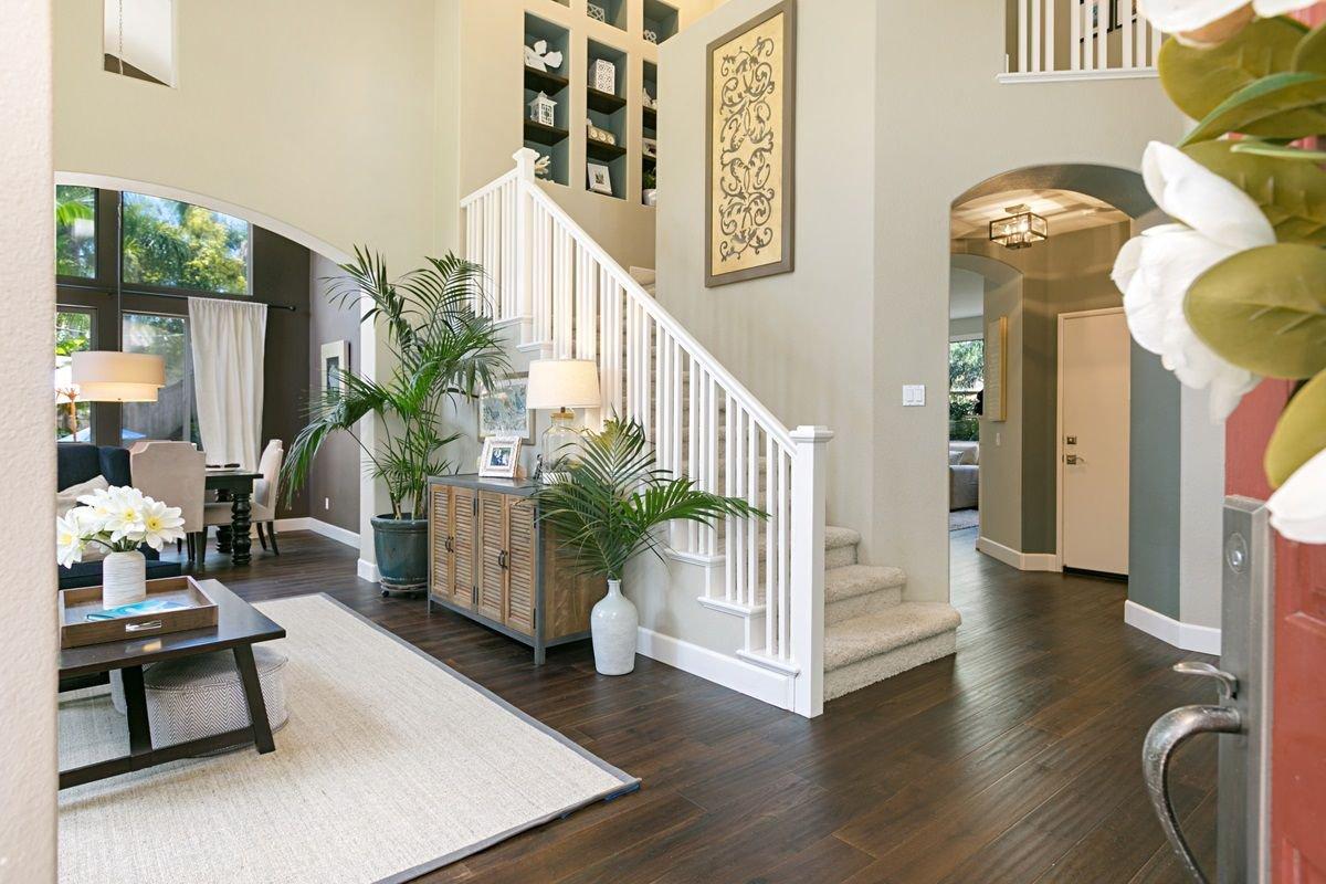 Photo 2: Photos: ENCINITAS House for sale : 5 bedrooms : 575 Kristen Ct.