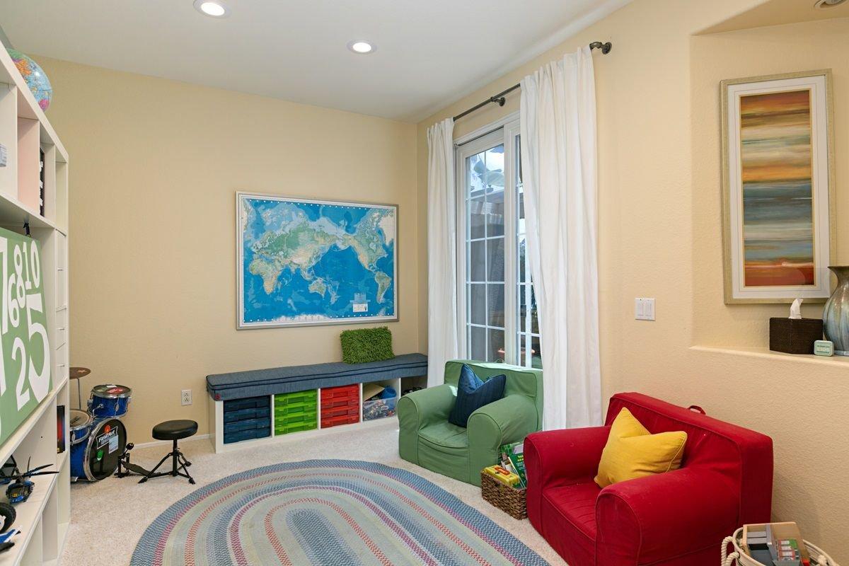 Photo 20: Photos: ENCINITAS House for sale : 5 bedrooms : 575 Kristen Ct.