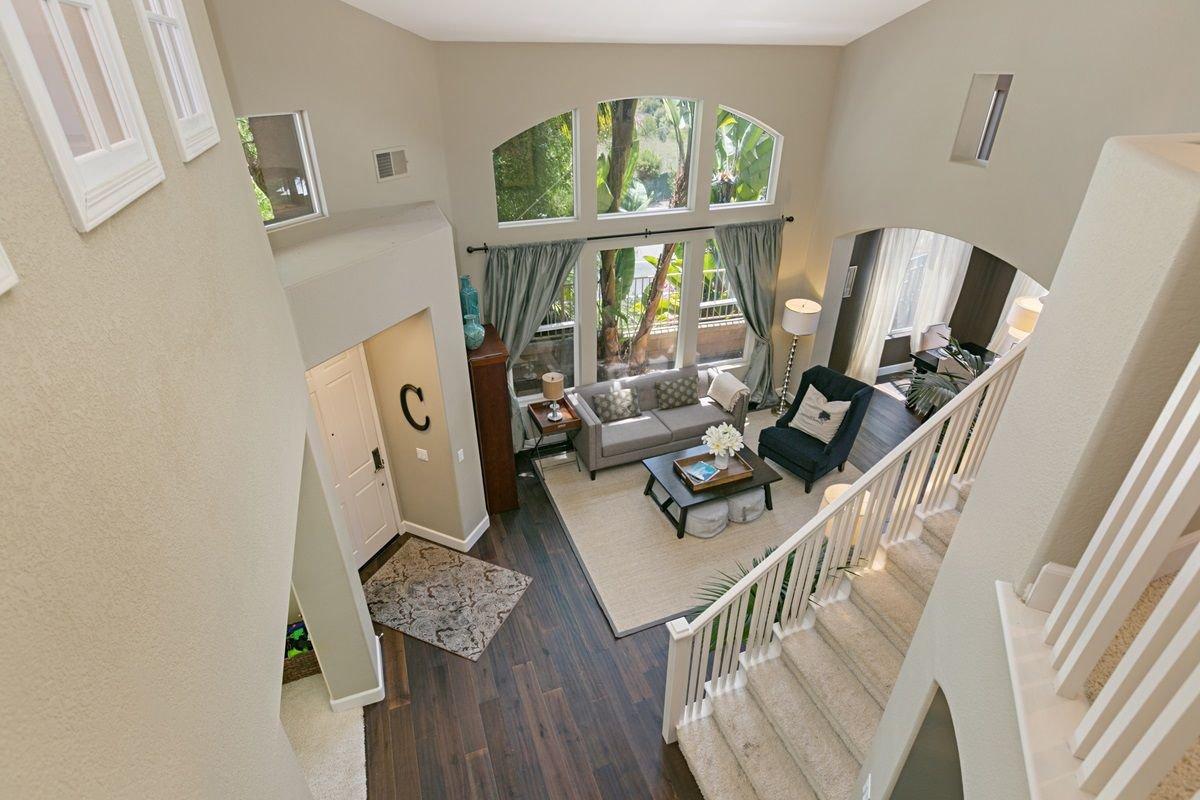 Photo 4: Photos: ENCINITAS House for sale : 5 bedrooms : 575 Kristen Ct.