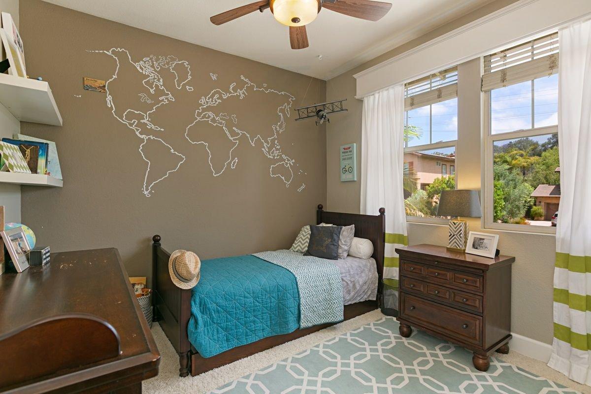 Photo 19: Photos: ENCINITAS House for sale : 5 bedrooms : 575 Kristen Ct.
