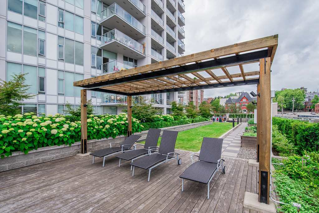 "Photo 13: Photos: 1905 668 COLUMBIA Street in New Westminster: Quay Condo for sale in ""TRAPP & HOLBROOK"" : MLS®# R2285004"