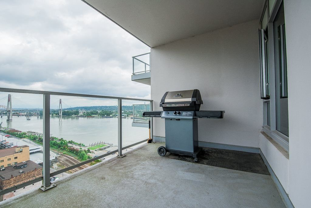 "Photo 11: Photos: 1905 668 COLUMBIA Street in New Westminster: Quay Condo for sale in ""TRAPP & HOLBROOK"" : MLS®# R2285004"