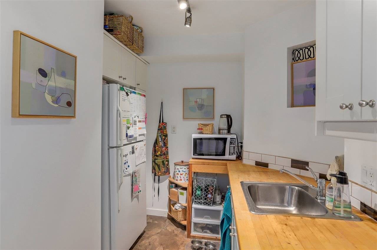 Photo 11: Photos: 116 1236 W 8TH Avenue in Vancouver: Fairview VW Condo for sale (Vancouver West)  : MLS®# R2304156