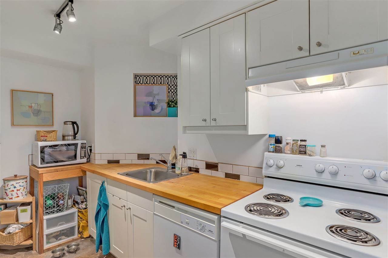 Photo 9: Photos: 116 1236 W 8TH Avenue in Vancouver: Fairview VW Condo for sale (Vancouver West)  : MLS®# R2304156