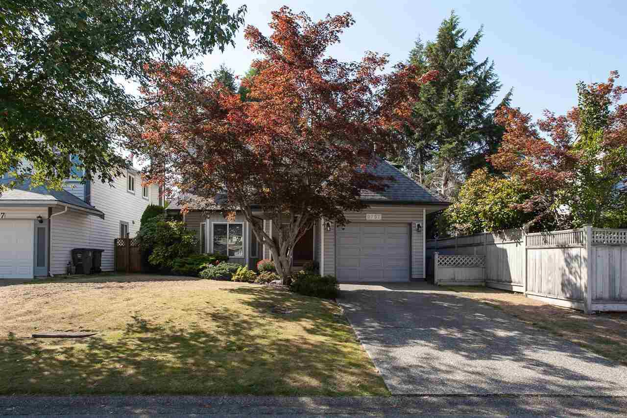 Main Photo: 9757 151B Street in Surrey: Guildford House for sale (North Surrey)  : MLS®# R2305093