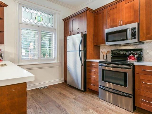 Photo 3: Photos: 110 Hamilton Street in Toronto: South Riverdale House (2-Storey) for sale (Toronto E01)  : MLS®# E4265547