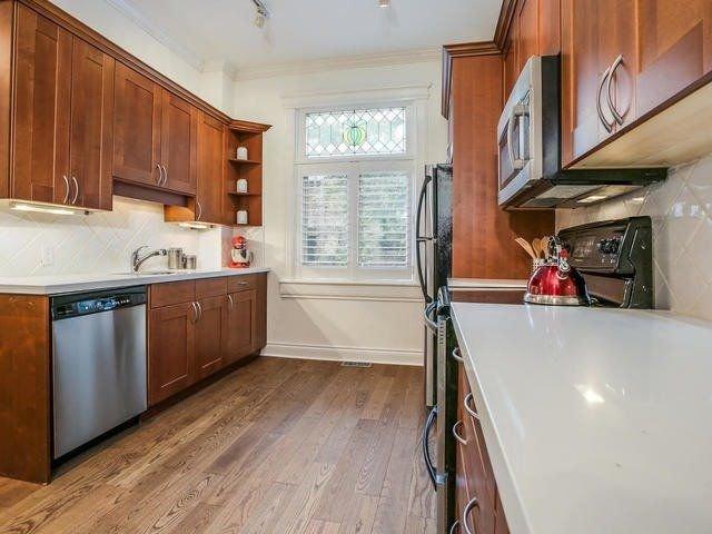 Photo 4: Photos: 110 Hamilton Street in Toronto: South Riverdale House (2-Storey) for sale (Toronto E01)  : MLS®# E4265547