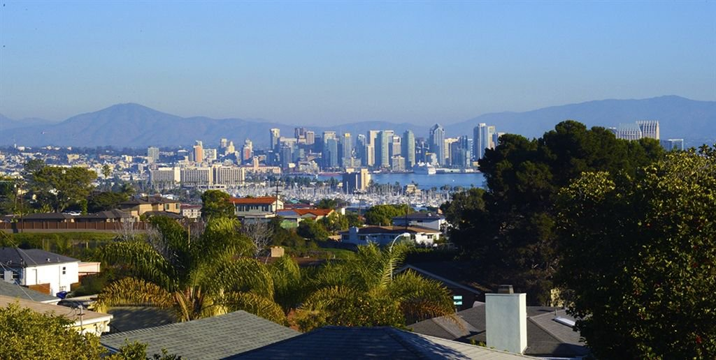 Main Photo: POINT LOMA House for sale : 3 bedrooms : 3736 Dixon Place in San Diego