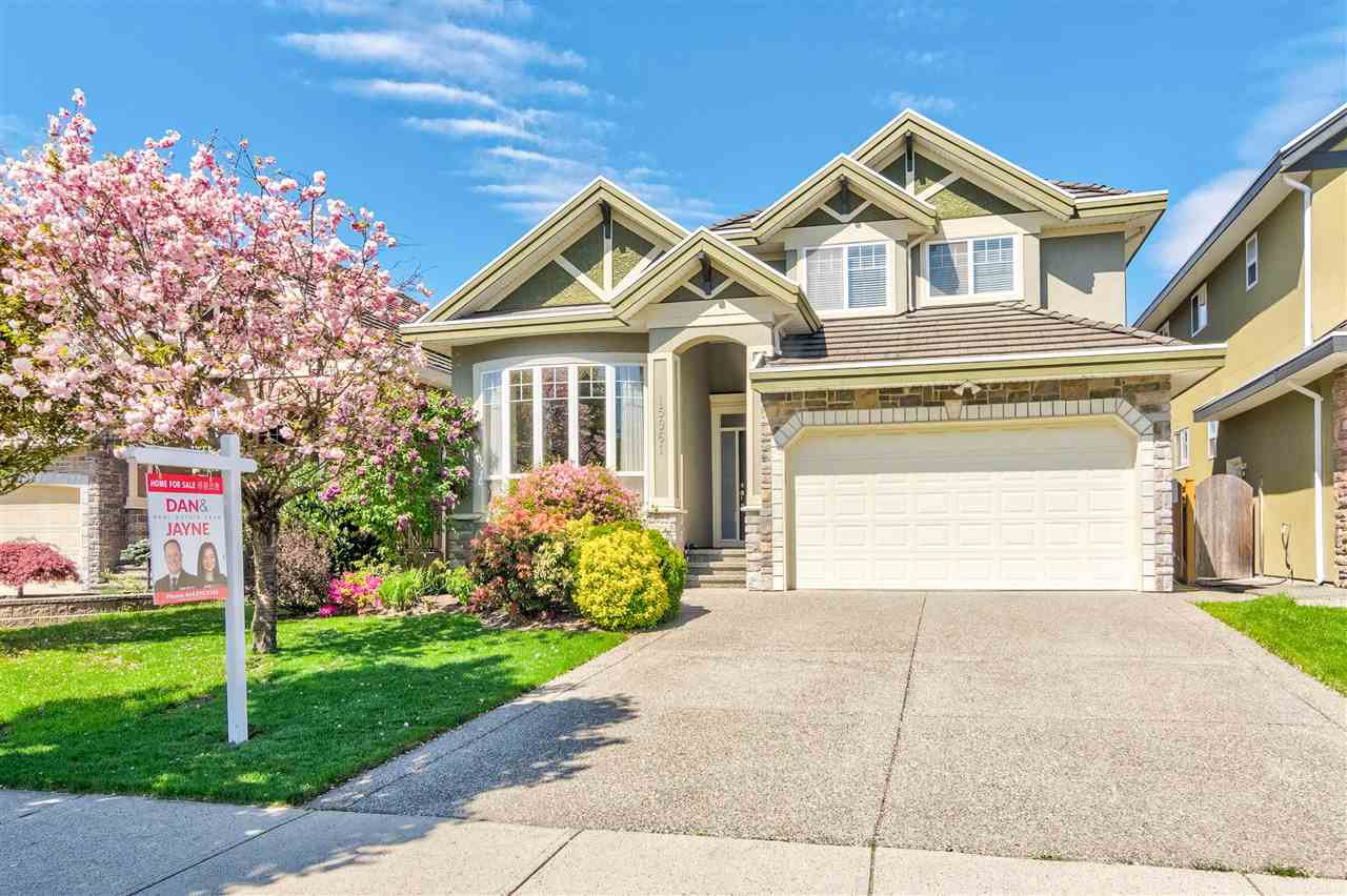Main Photo: 15961 107 Avenue in Surrey: Fraser Heights House for sale (North Surrey)  : MLS®# R2364529