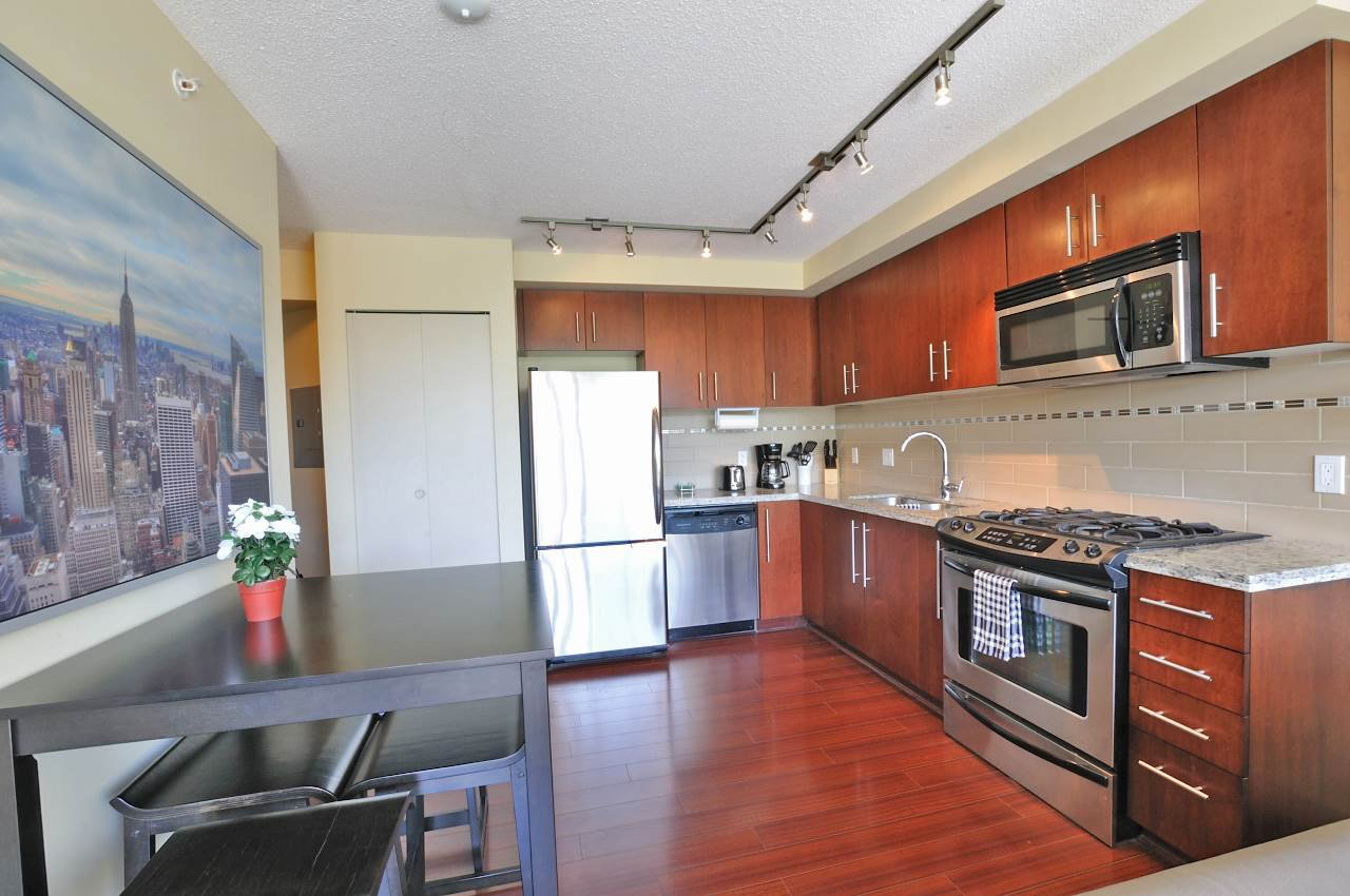 "Main Photo: 508 8288 LANSDOWNE Road in Richmond: Brighouse Condo for sale in ""VERSANTE"" : MLS®# R2377025"