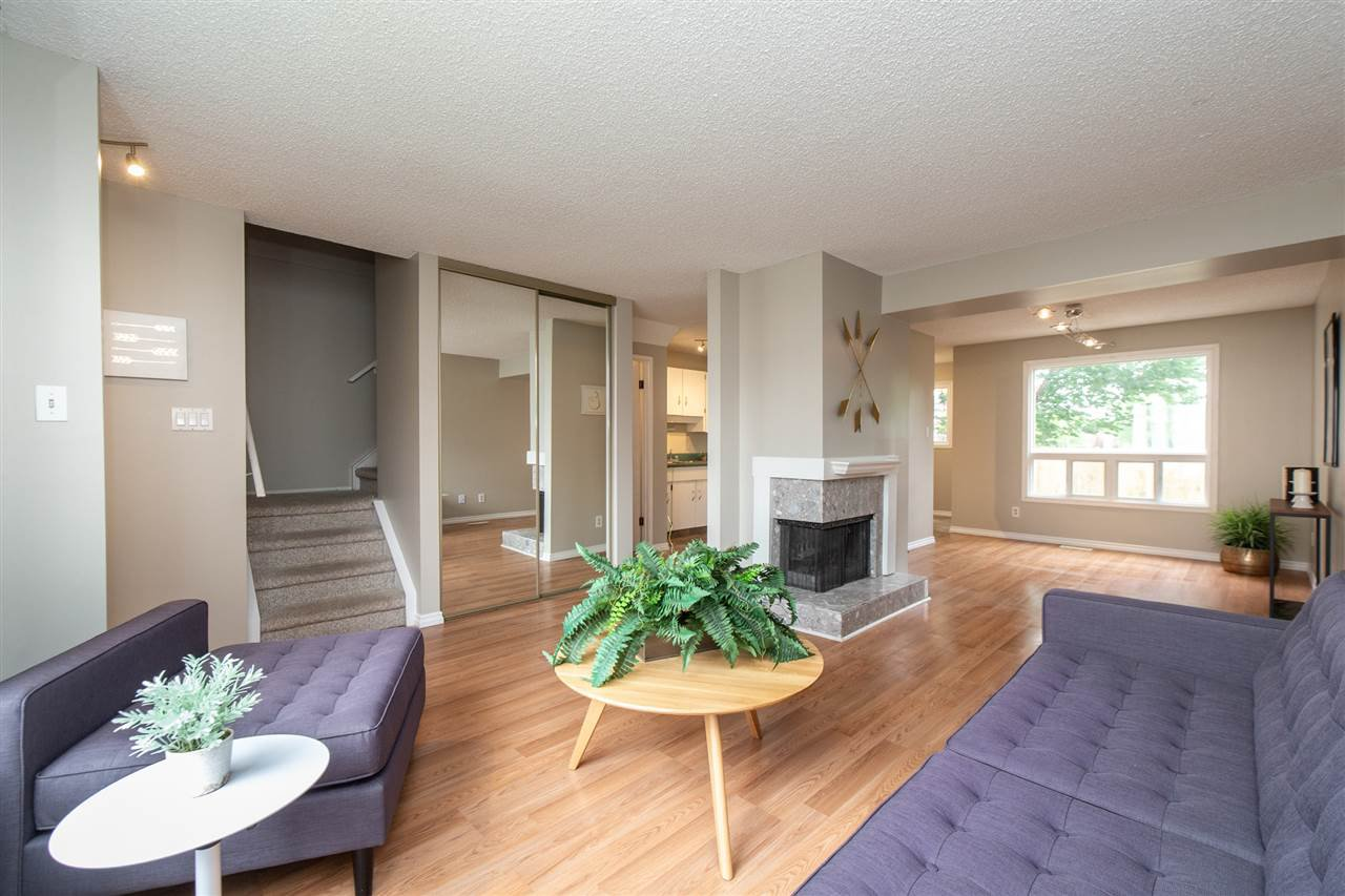 Main Photo: 36 1651 46 Street in Edmonton: Zone 29 Townhouse for sale : MLS®# E4164804