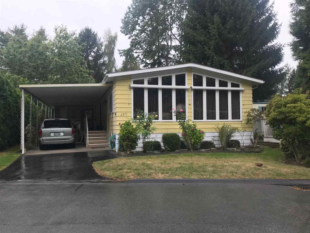 """Main Photo: 284 1840 160 Street in Surrey: King George Corridor Manufactured Home for sale in """"Breakaway Bays"""" (South Surrey White Rock)  : MLS®# R2405064"""