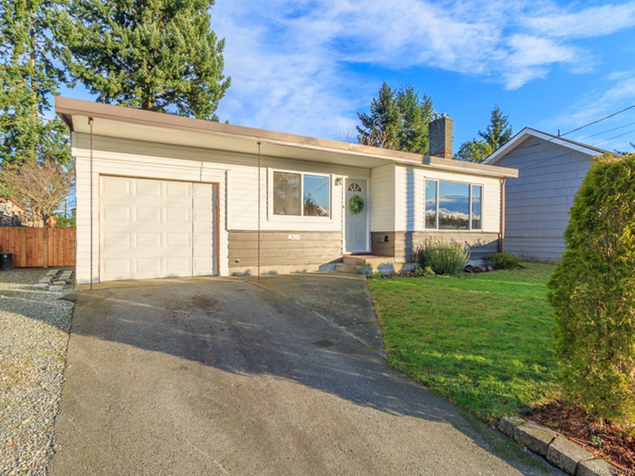 Main Photo: 430 JUNIPER STREET in NANAIMO: Na Brechin Hill House for sale (Nanaimo)  : MLS®# 831070