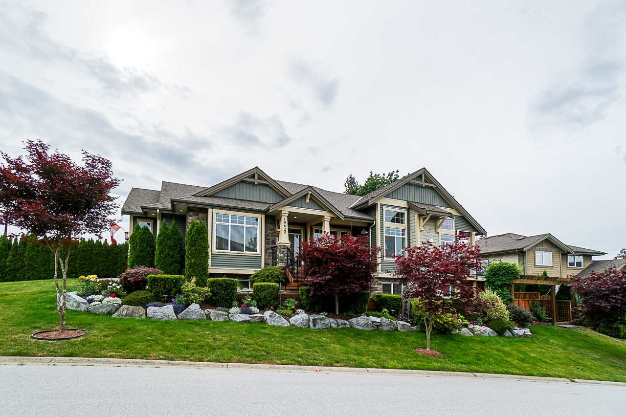 "Main Photo: 10625 239 Street in Maple Ridge: Albion House for sale in ""Falcon Bluff"" : MLS®# R2431405"