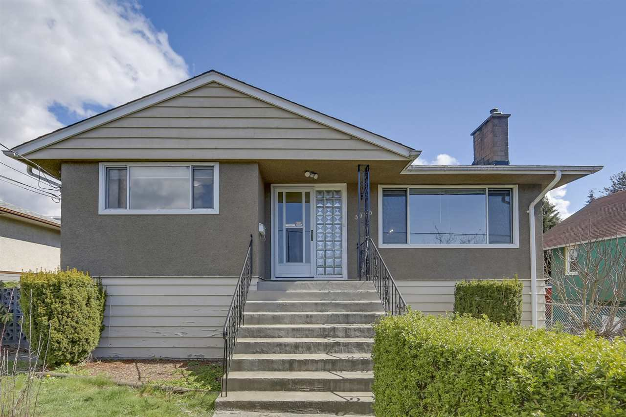 Main Photo: 5050 BOUNDARY Road in Burnaby: Central Park BS House for sale (Burnaby South)  : MLS®# R2461594