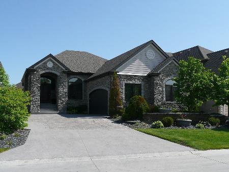 Main Photo: 26 Riverhaven Grove: Residential for sale (St. Vital)  : MLS®# 1003890