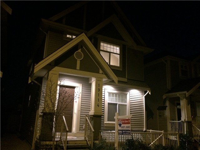 """Main Photo: 19114 68TH Avenue in Surrey: Clayton House for sale in """"CLAYTON"""" (Cloverdale)  : MLS®# F1432356"""