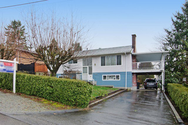 Main Photo: 2060 COLTON Avenue in Coquitlam: Central Coquitlam House for sale : MLS®# R2038334