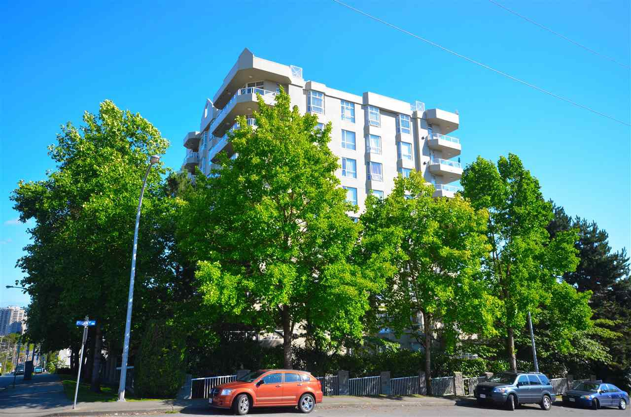 Main Photo: 303 412 TWELFTH Street in New Westminster: Uptown NW Condo for sale : MLS®# R2098890