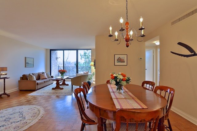 Photo 3: Photos: 615 350 Lonsdale Road in Toronto: Forest Hill South Condo for sale (Toronto C03)  : MLS®# C3694985