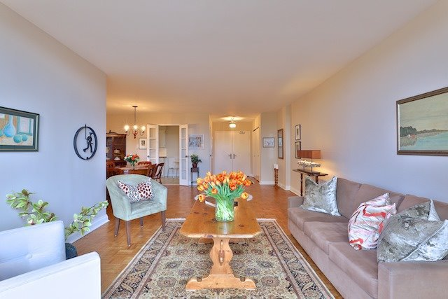 Photo 4: Photos: 615 350 Lonsdale Road in Toronto: Forest Hill South Condo for sale (Toronto C03)  : MLS®# C3694985