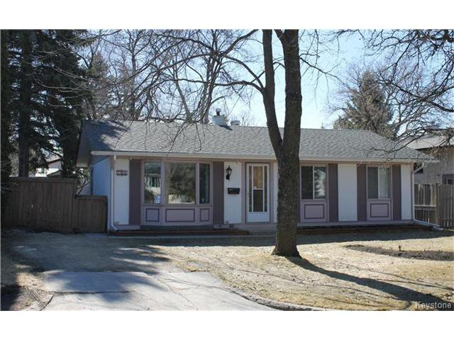 Main Photo: 102 Barrington Avenue in Winnipeg: Pulberry Residential for sale (2C)  : MLS®# 1707234