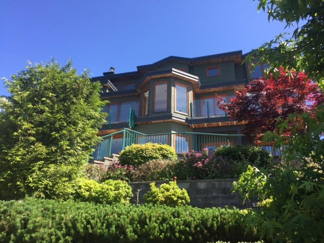Photo 8: Photos: Errigal Place in West Vancouver: Canterbury House for rent